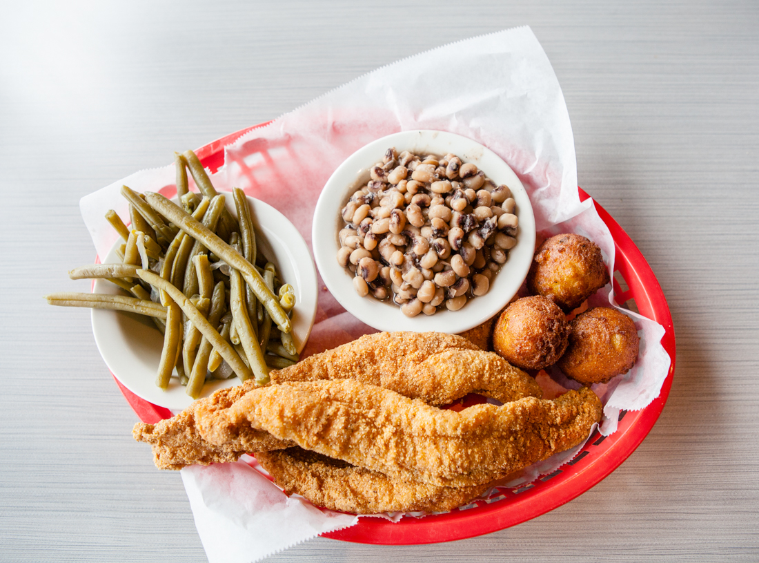 Authentic southern style soul food from soul fish cafe for Soul fish memphis